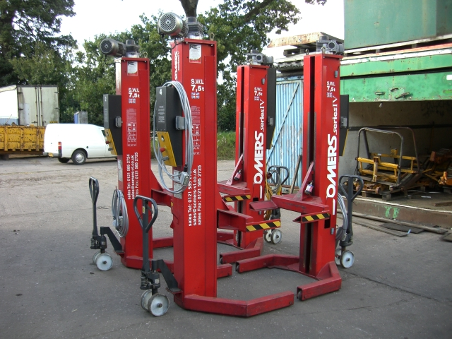 NEW & USED GARAGE EQUIPMENT SPECIALISTS - Recently Sold